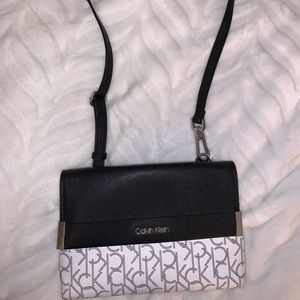 Calvin Klein Crossbody Bag with Removable strap